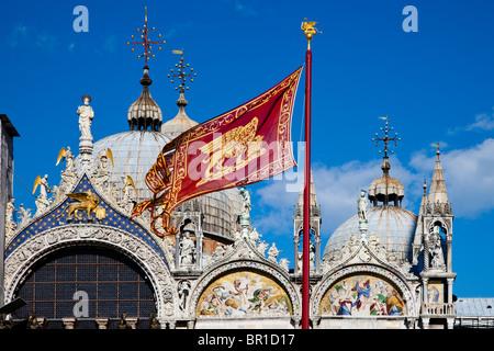 Il tetto della basilica di San Marco, Venezia, Italia Foto Stock
