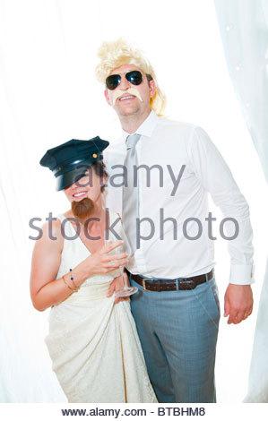 Sposa e lo sposo divertente ritratto Foto Stock
