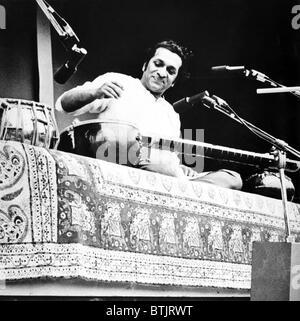 Ravi Shankar, musicista, compositore, interprete e studioso, ritratto, 1960s Foto Stock