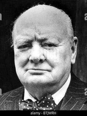Winston Churchill, (1874-1965), primo ministro britannico e 1953 Premio Nobel per la letteratura. Di essere tornati Foto Stock
