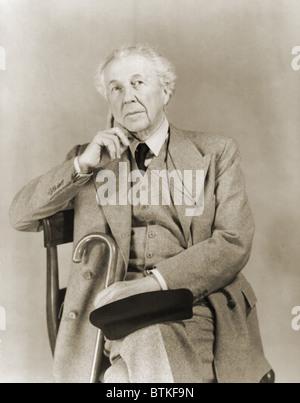 Frank Lloyd Wright (1867-1959), architetto americano nel 1938 ritratto. Foto Stock