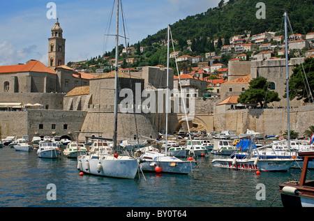 Vista del porto, a Dubrovnik Dubrovnik e Neretva County, Croazia, Europa. Foto Stock