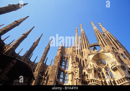 LA SAGRADA FAMILIA, architetto Antoni Gaudi, Barcellona, in Catalogna, Spagna Foto Stock