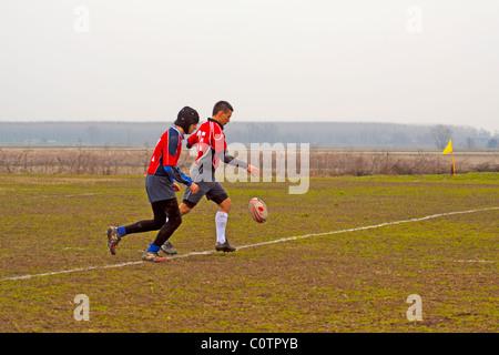 VERCELLI, Italia - 20 febbraio: una gara di campionato tra ASD Rugby Biella e Pedona in Vercelli campo nel febbraio Foto Stock