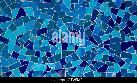 Blu con piastrelle a mosaico sullo sfondo. Foto Stock