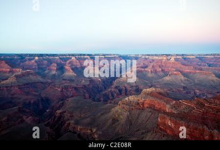 Stati Uniti d'America, Arizona, tramonto sul bordo meridionale del Gran canion visto dal punto di madre Foto Stock