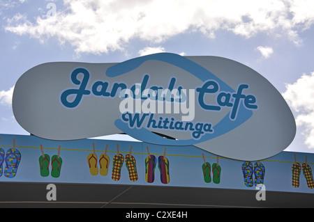 Jandals Cafe, Albert Street, Whitianga, Mercurio Bay, Penisola di Coromandel, regione di Waikato, Isola del nord, Foto Stock