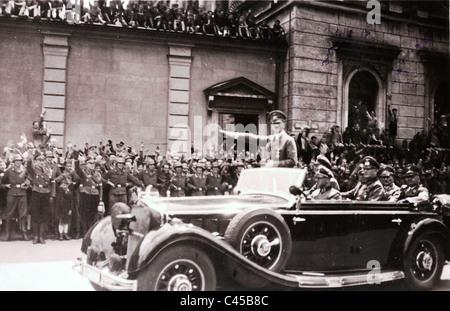 Hitler a Monaco di Baviera nel 1940 in auto Foto Stock