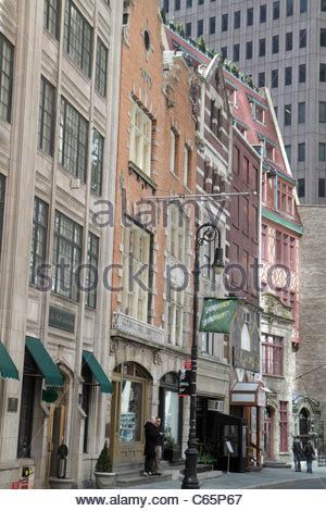 La parte inferiore di Manhattan New York City New York NY Financial District FiDi Stone Street e storico quartiere Foto Stock