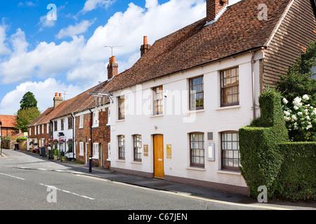 Heston Blumenthal di Fat Duck Restaurant sulla High Street a Bray, Berkshire, Inghilterra, Regno Unito Foto Stock