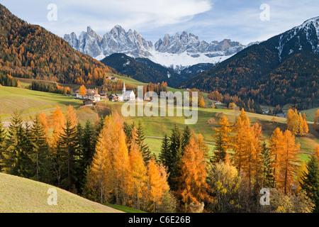 Montagne, Geisler Gruppe/ Geislerspitzen, Dolomiti, Trentino Alto Adige, Italia, Europa Foto Stock