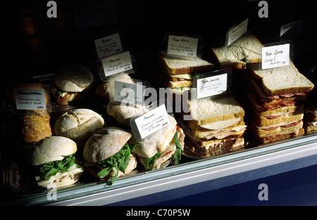 Il portoghese sandwich shop nel quartiere Mitte di Berlino. Foto Stock