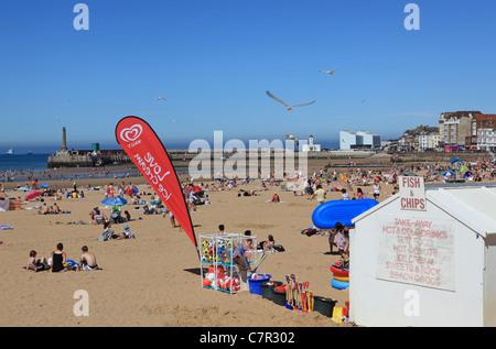 Spiaggia a Margate, Kent in estate Foto Stock