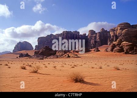 Sabbia scogliera di pietra, Wadi Rum, Giordania Foto Stock
