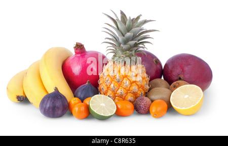 Ancora la vita di frutti tropicali isolate su sfondo bianco Foto Stock