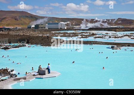 La laguna blu spa geotermico nel sud-ovest dell'Islanda è le isole più unico e popolare attrazione. Foto Stock