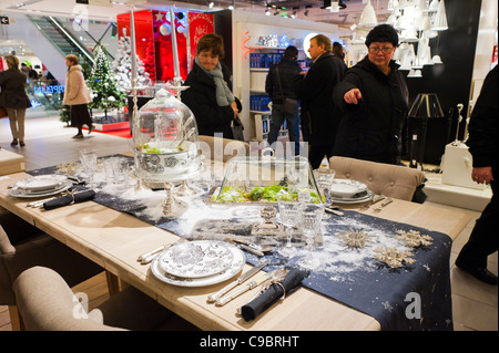 "Parigi, Francia, People Shopping in 'Galeries Lafayette Maison"", Housewares, Department Store, schermi di Natale Foto Stock"