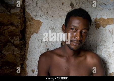Ritratto di un residente di Stone Town Zanzibar Tanzania Foto Stock