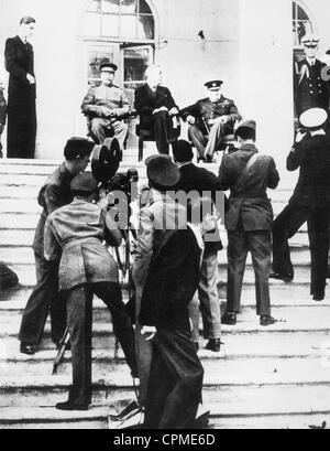 Joseph Stalin, Franklin D. Roosevelt e Winston Churchill alla Conferenza di Teheran, 28 novembre 1943 (foto b/n) Foto Stock