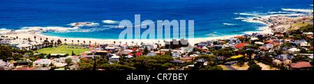 La spiaggia di Camps Bay, Città del Capo, Sud Africa Foto Stock