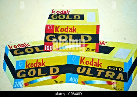 Dettaglio artistico di colorato disegno raffigurante le pellicole Kodak