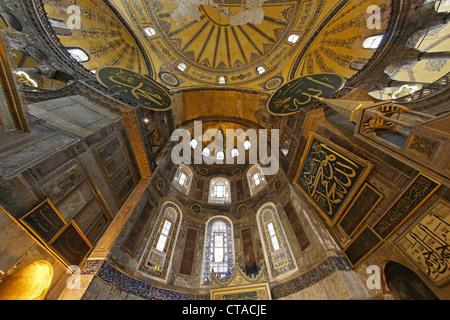 Vista interna dell'Hagia Sophia, Istanbul, Turchia, Europa Foto Stock