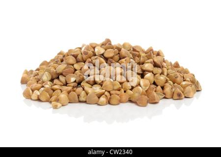 Il grano saraceno isolati su sfondo bianco Foto Stock
