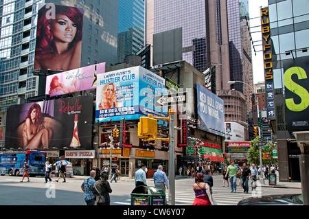 New York 7 th Avenue vicino a Times Square di New York City Manhattan Foto Stock