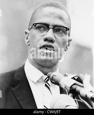 Malcolm X (1925-1965), forte americano africano leader, la cui militanza contrastato con Martin Luther King's civile Foto Stock