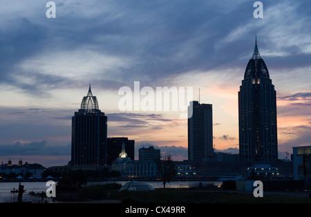 RSA BATTAGLIA Tower House Building skyline del centro Mobile in Alabama USA