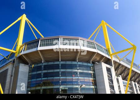 Westfalenstadion - Signal Iduna Park di Dortmund in Renania settentrionale-Vestfalia, Germania Foto Stock