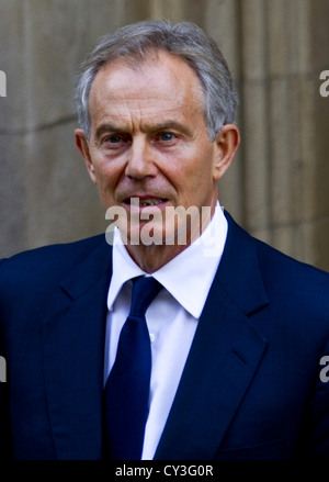 Londra, Regno Unito. Il 28 maggio 2012. (Nella foto) ex Primo Ministro Tony Blair lascia la Leveson indagine.