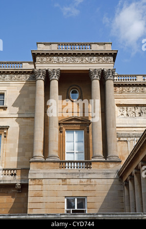 La sala da ballo a Buckingham Palace a Londra Inghilterra ...