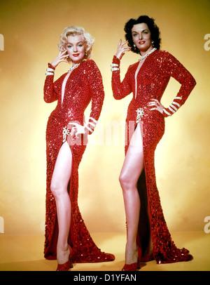 Colleghi preferiscono bionde 1953 XX Century Fox Film - foto promozionale di Marilyn Monroe a sinistra e Jane Russell Foto Stock