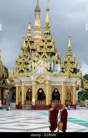 La Shwedagon pagoda Yangon (Rangoon), regione di Yangon, Repubblica dell'Unione di Myanmar (Birmania), Asia Foto Stock
