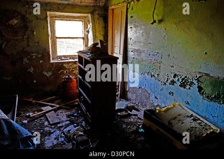 Stanza in casa abbandonata Foto Stock