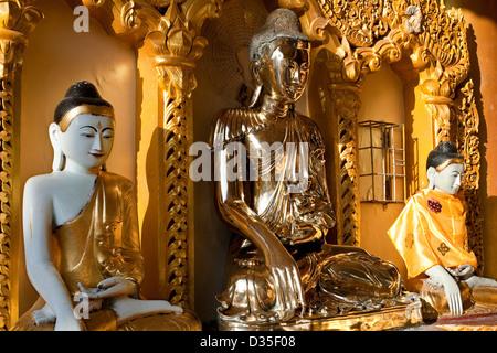 Shwedagon pagoda Yangon Myanmar (Birmania) Foto Stock