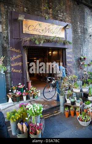 Negozio di fiori a Borough Market in London SE1 Foto Stock