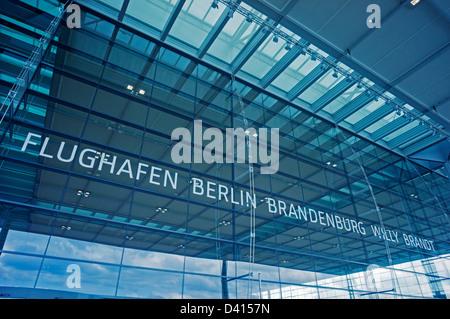 Il terminale 1 Aeroporto Berlin Brandenburg Willy Brandt, BER aeroporto Schoenefeld di Berlino, Germania Foto Stock