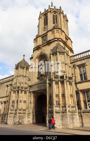 Tom Tower ingresso al Christ Church College parte della Oxford University nella città di Oxford, Oxfordshire, Inghilterra, Foto Stock