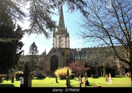 Chiesa Collegiata di Santa e indivisa Trinità, Stratford-upon-Avon è un grado che ho elencato la chiesa parrocchiale