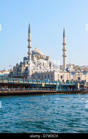 Yeni Cami (Nuova Moschea), la citta' vecchia di Istanbul, Turchia Foto Stock