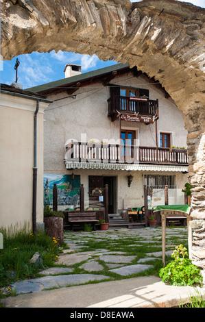 Europa Italia Provincia di Torino Piemonte Orsiera Rocciavriè Park Usseaux il ristorante Foto Stock