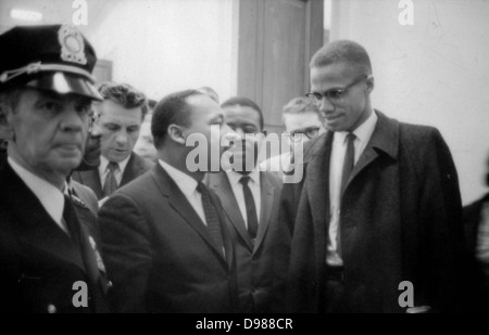 Martin Luther King Junior (1929-1968) e Malcolm X (Malcolm poco - 1925-1965) in attesa di una conferenza stampa, Foto Stock