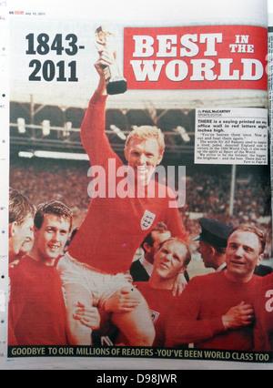 Il 'News del mondo quotidiano' 10 luglio 2011. Il finale commemorativa edizione del giornale porta una ristampa Foto Stock