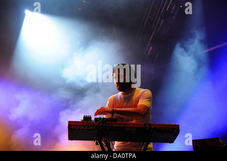 Barcellona - 22 Maggio: Unai Lazcano, tastierista di Delorean banda, effettua presso Heineken Primavera Sound Festival Foto Stock