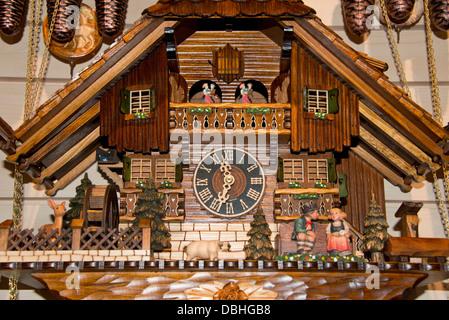 Orologio a cuc shop foresta nera germania foto for Casa tradizionale tedesca