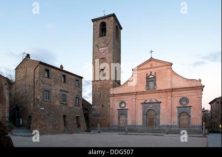 Civita di Bagnoregio. san donato chiesa. distretto di Viterbo, Lazio, Italia.
