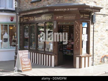 Signor Simms Olde Sweet Shoppe nella città vecchia Margate Kent Foto Stock