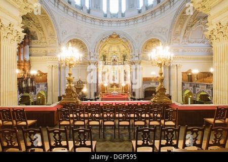 Vista dal balcone sull'altare, Berliner Dom o la Cattedrale di Berlino, Berlino Foto Stock